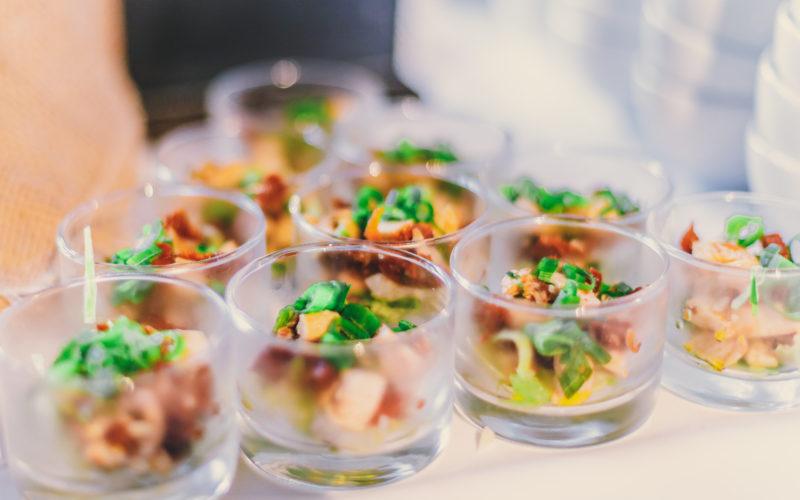 Meeresfrüchte Antipasti in gläsern
